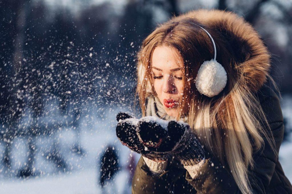 Τον Δεκέμβριο μπορεί να πέσουν ακόμα και χιόνια. Γι΄ αυτό προστατέψτε τα ευαίσθητα φυτά!
